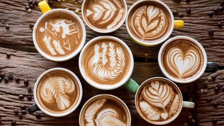 hình vẽ trên ly cà phê